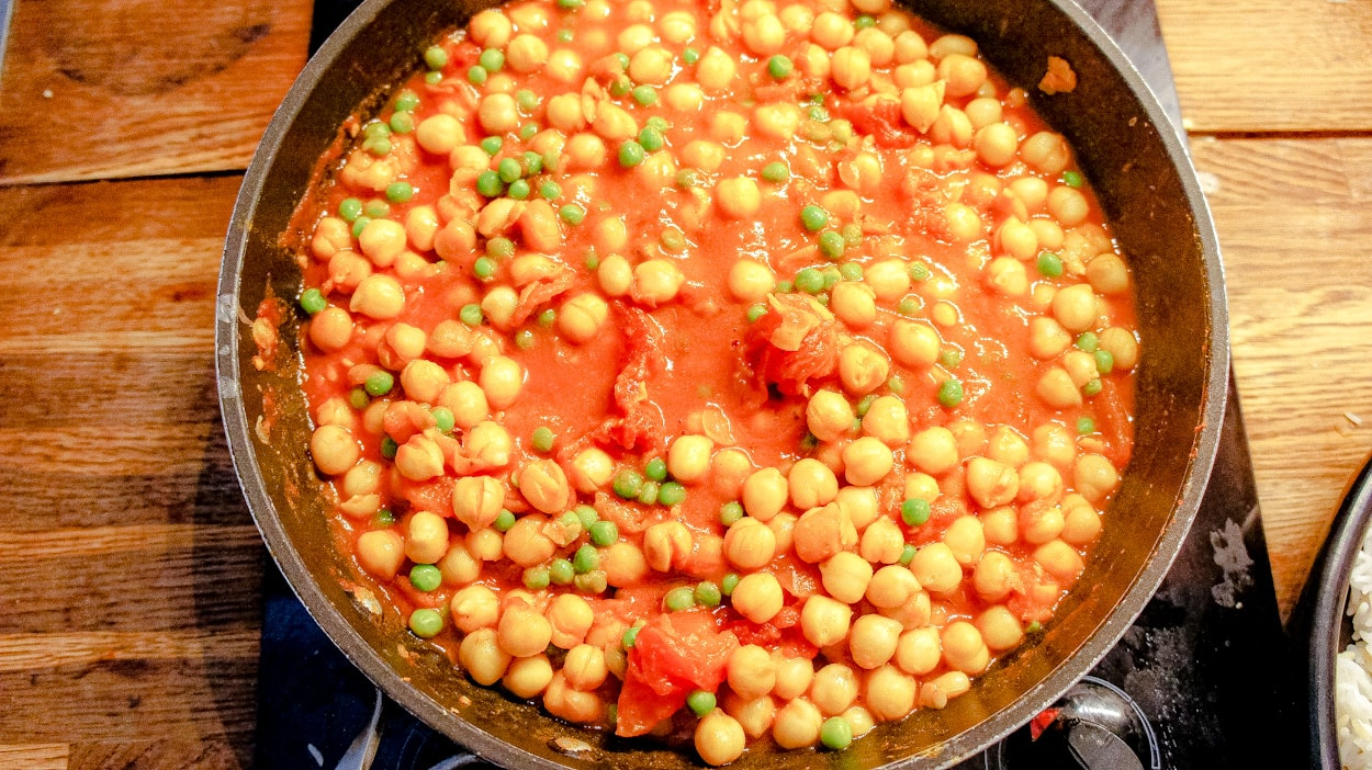 Cooking the chickpea curry
