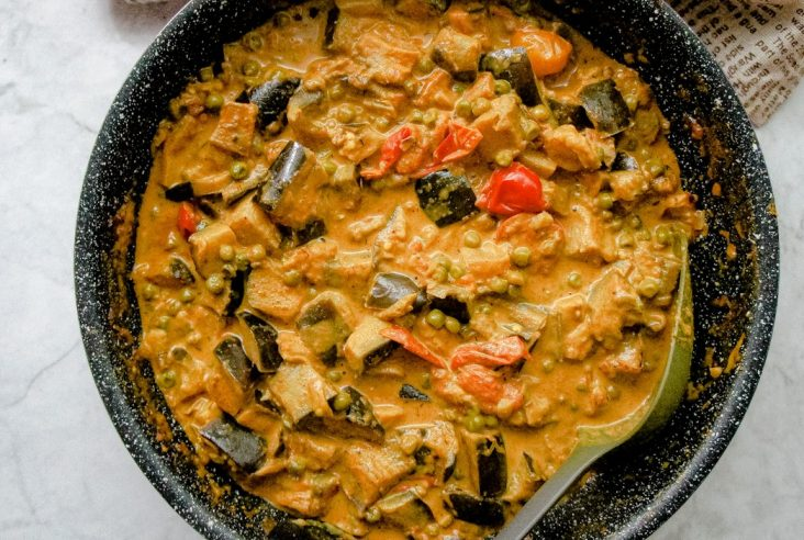eggplant & peas curry